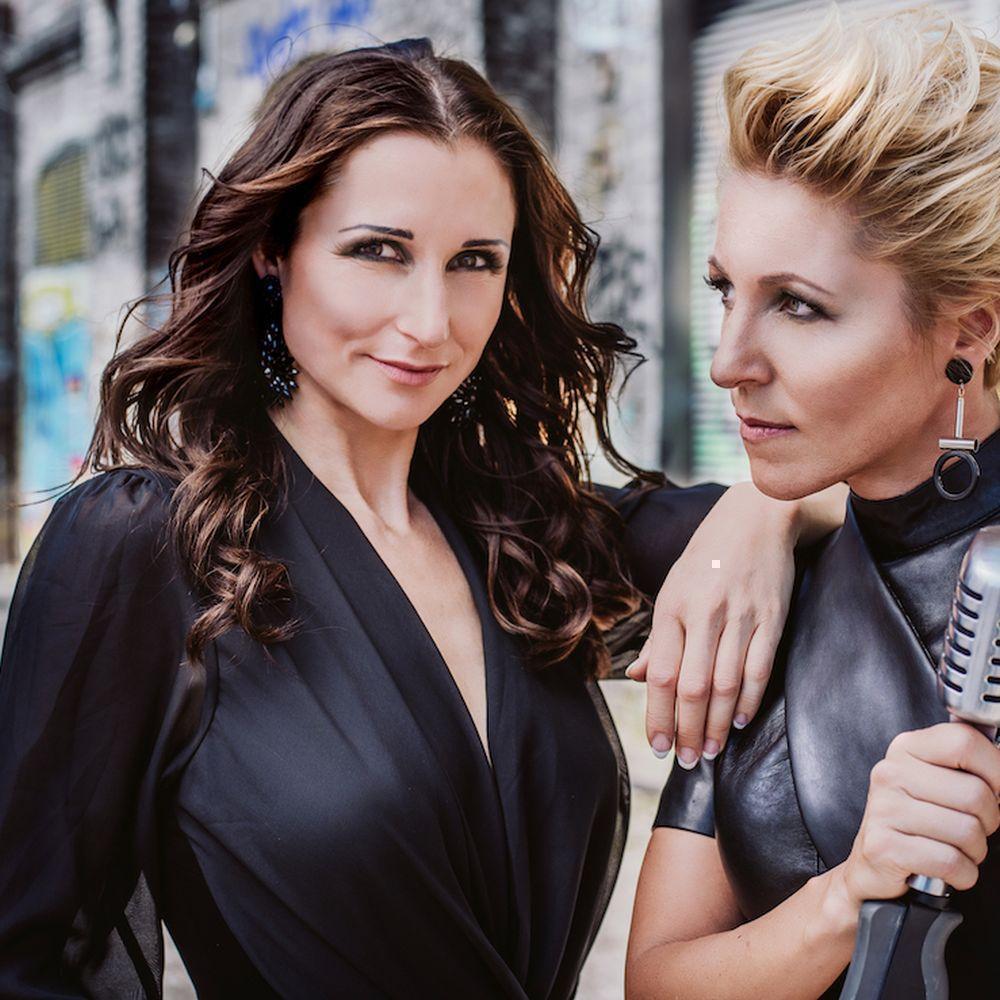 Auftritt von Anita und Alexandra Hofmann beim 12. Gaggli NudelHaus-Fest